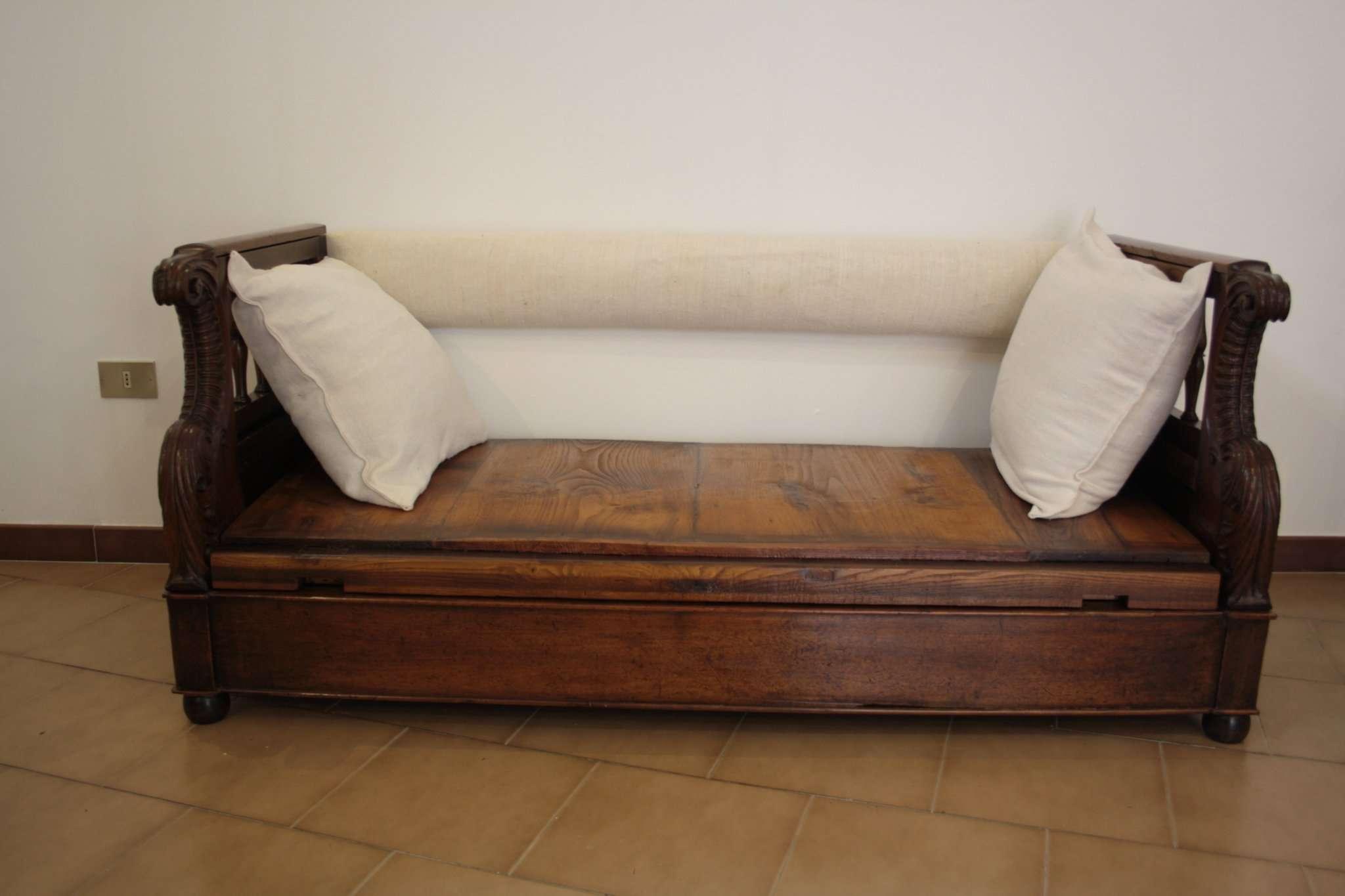 Restoration chest sofa solid walnut 1870 Tuscany